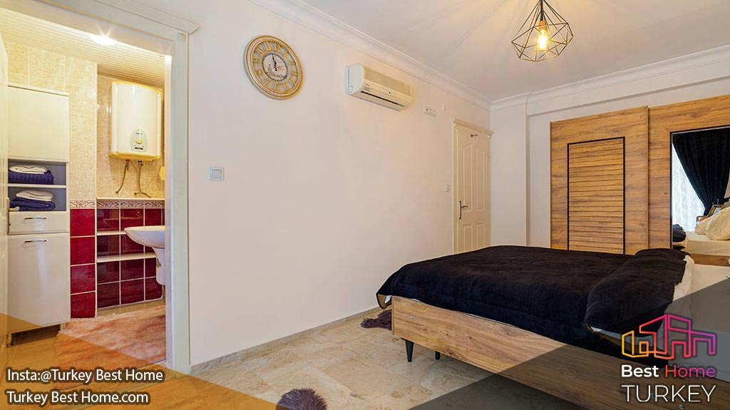فروش آپارتمان سنتی 2 خوابه با دید دریا در محموتلار Mahmutlar
